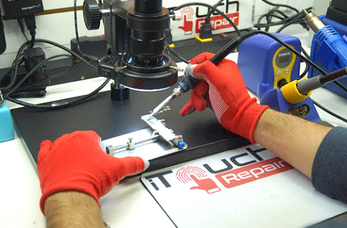 Electronic device repairing at iTouch